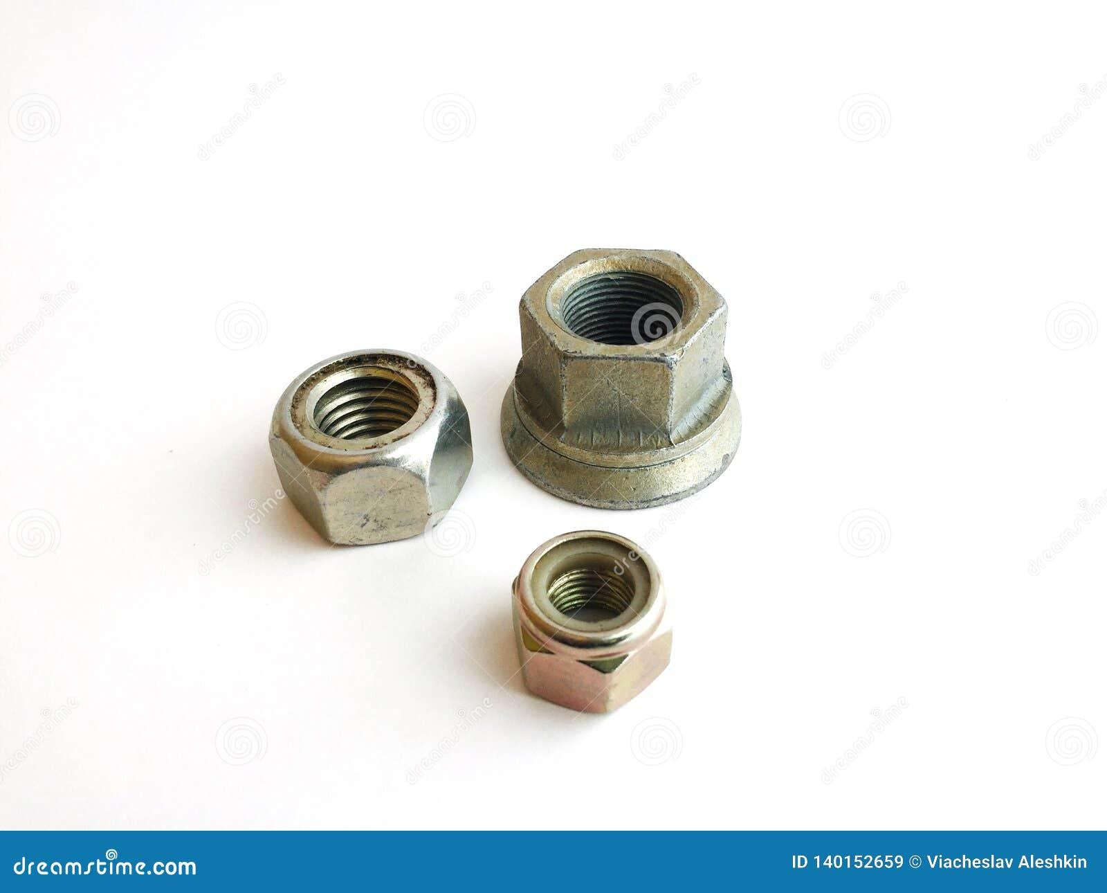 金属不同的大小六方形螺母