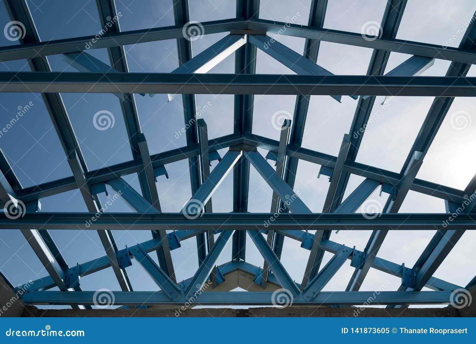 钢屋顶框架结构楼房建筑的