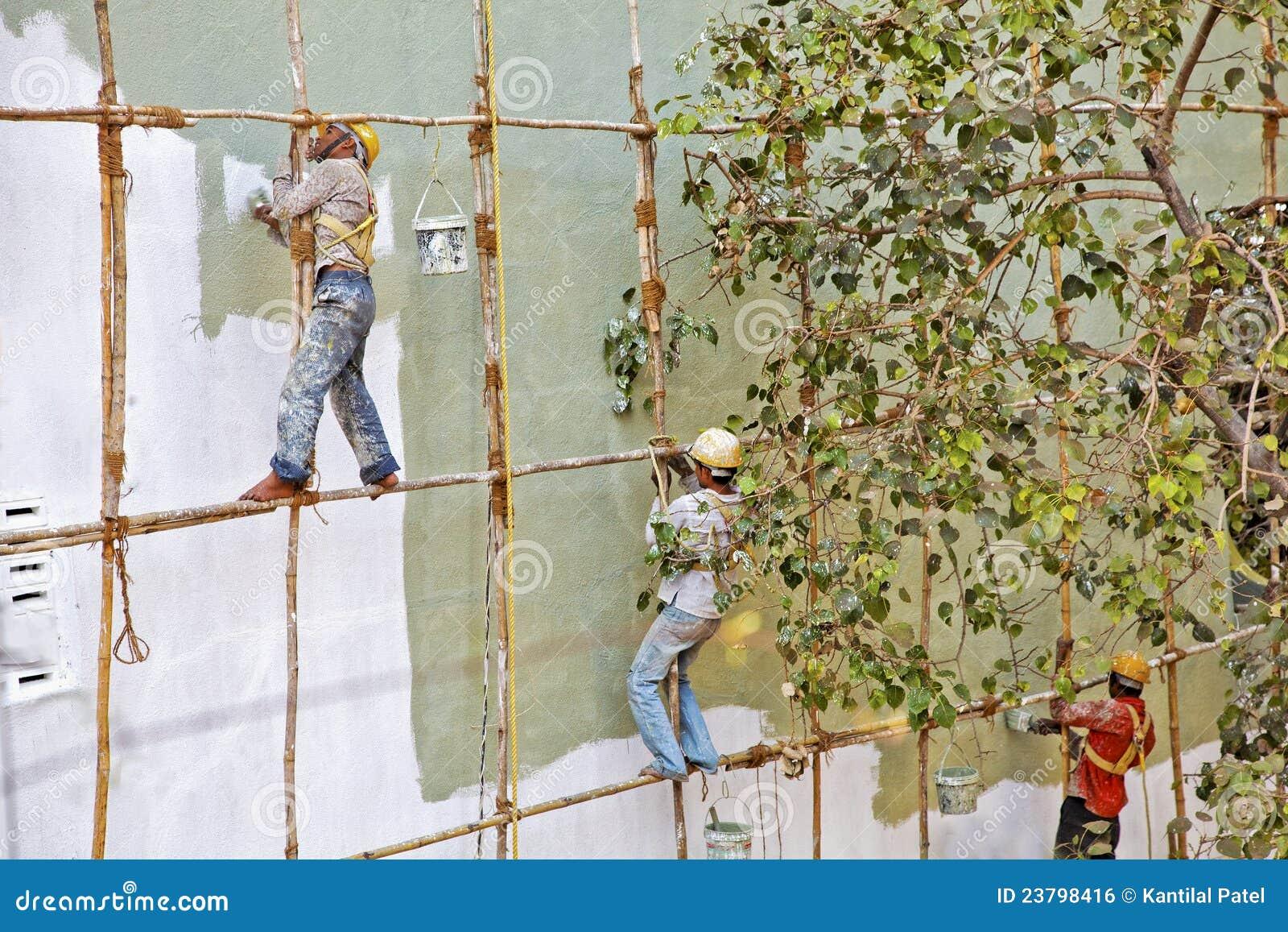 Échafaudage En Bois Inde De Décorateurs De Pied Nu Photoéditorial Image 23798416 # Échafaudage En Bois
