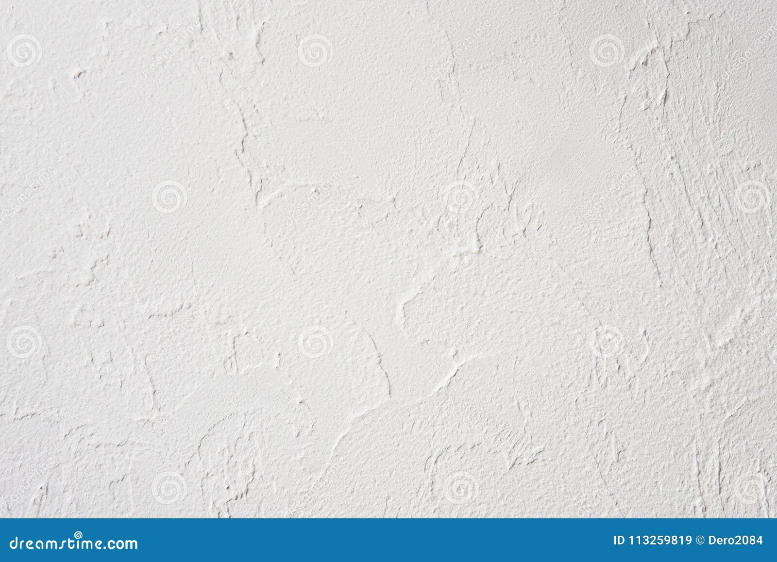 Échantillon du plâtre décoratif de soulagement sur le mur, intérieur, sans peinture, non finie, grenier et style de pointe