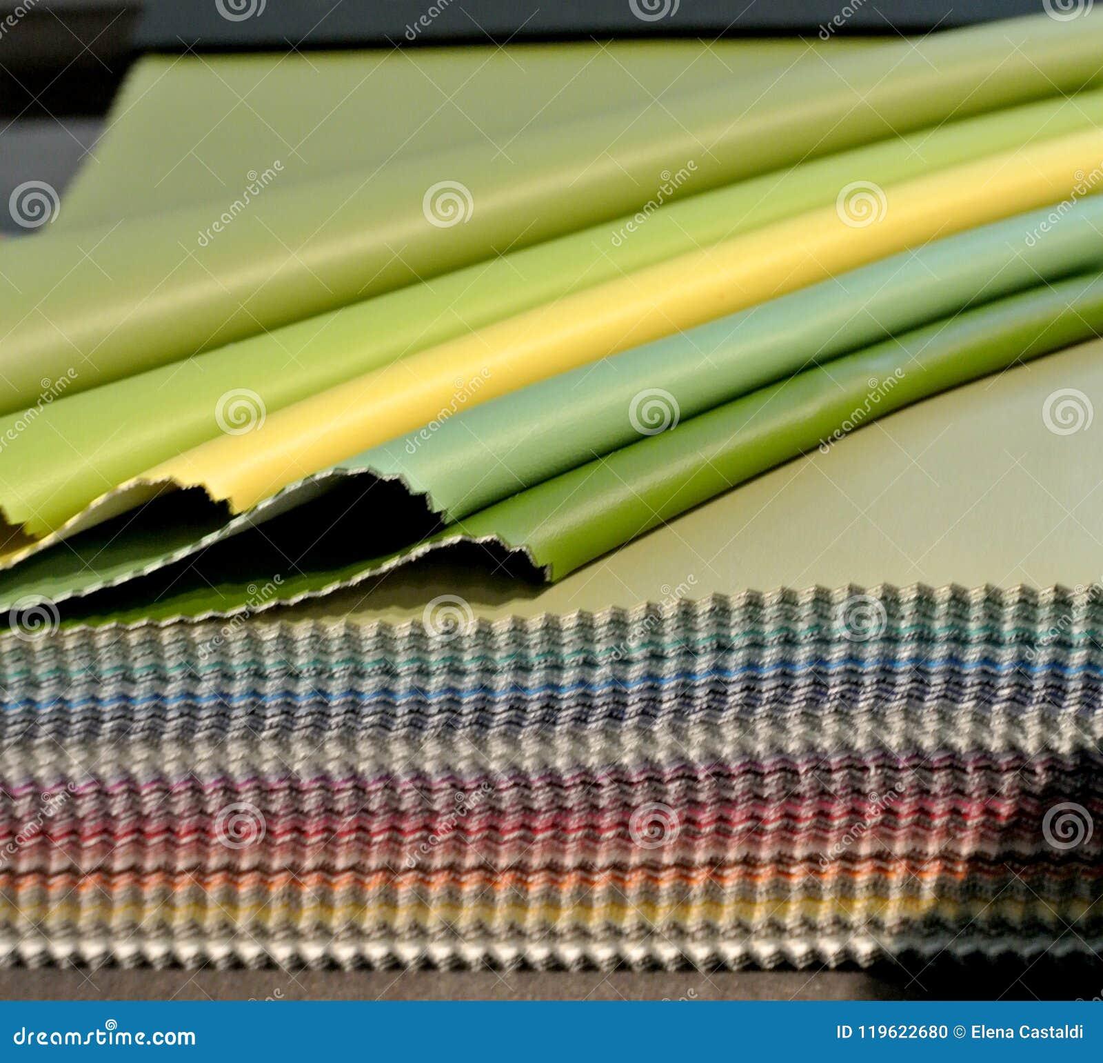 Échantillon en cuir coloré