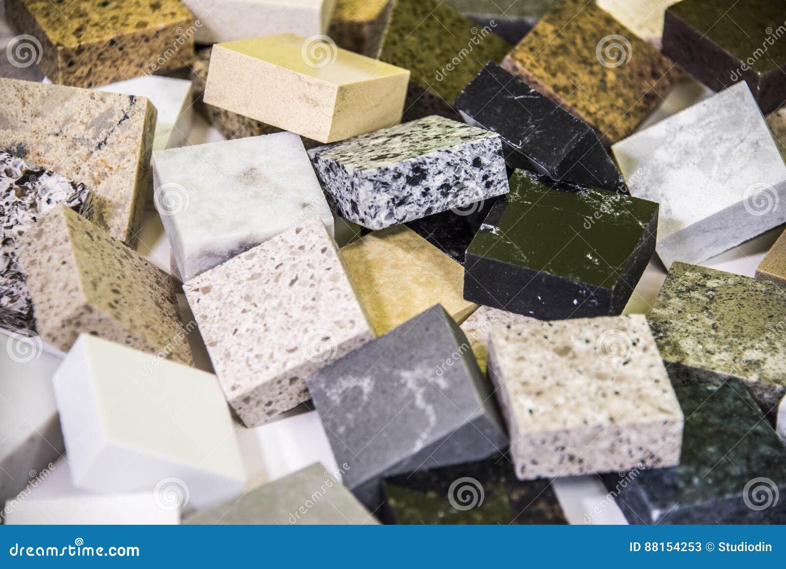 Les Contre  échantillons De Couleur De Granit Et De Marbre Se Ferment
