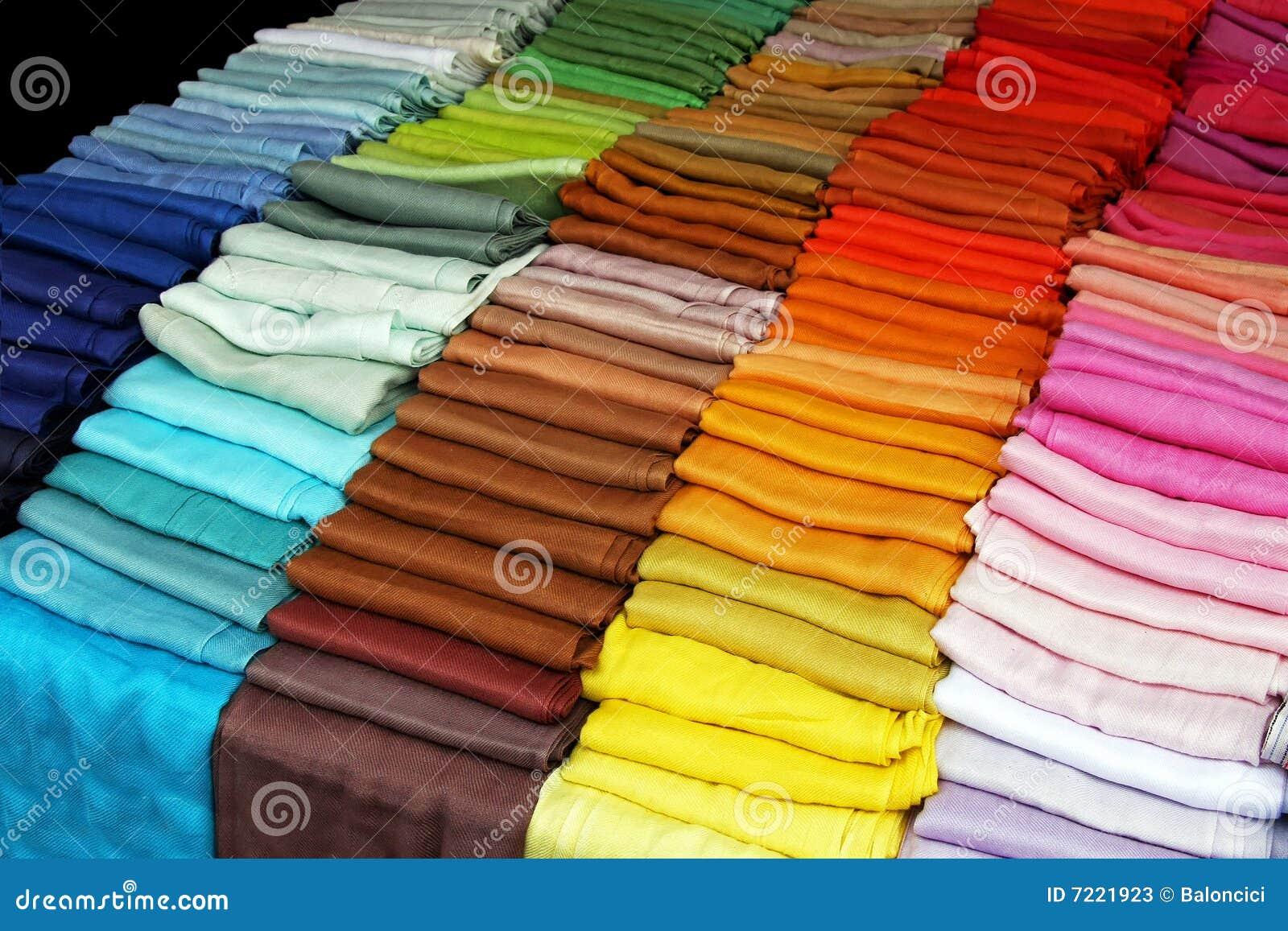 47095d91974 écharpes de couleur image stock. Image du accessoires - 7221923