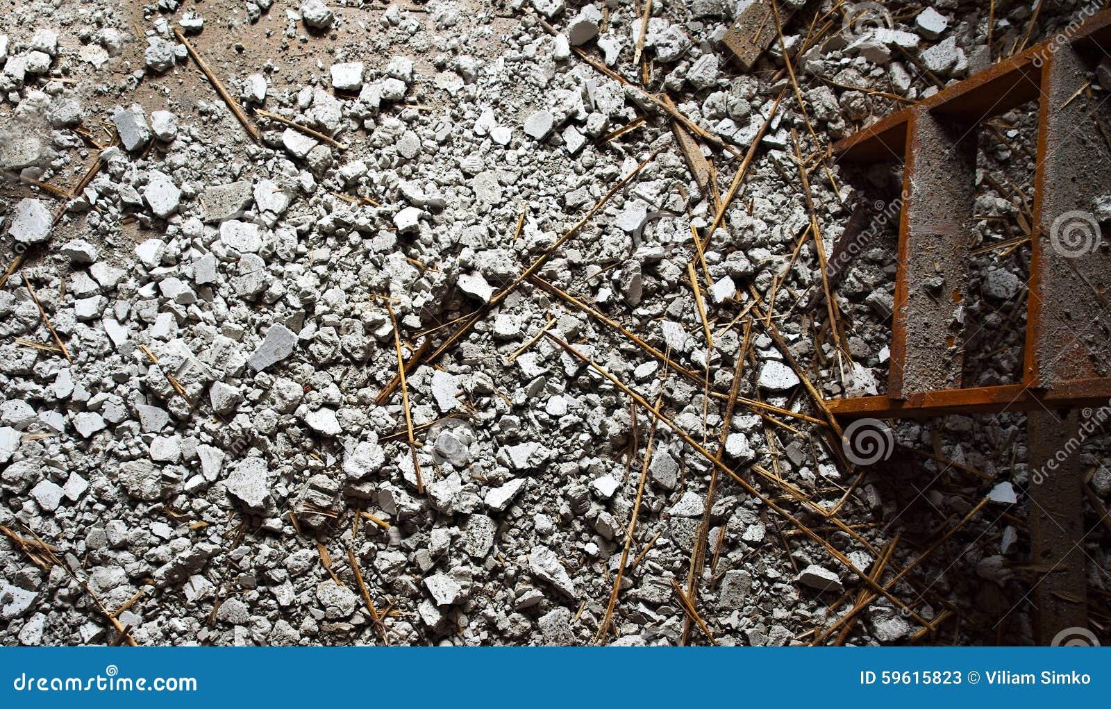 Échelle et débris (vue supérieure)