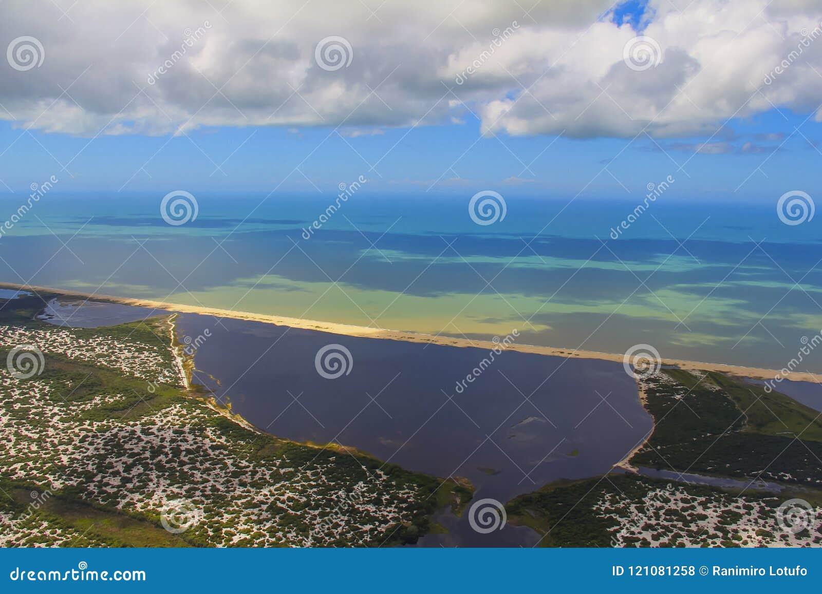 Échouez le paradis, la plage merveilleuse, plage dans la région d Arraial font Cabo, état de Rio de Janeiro, Brésil Amérique du S