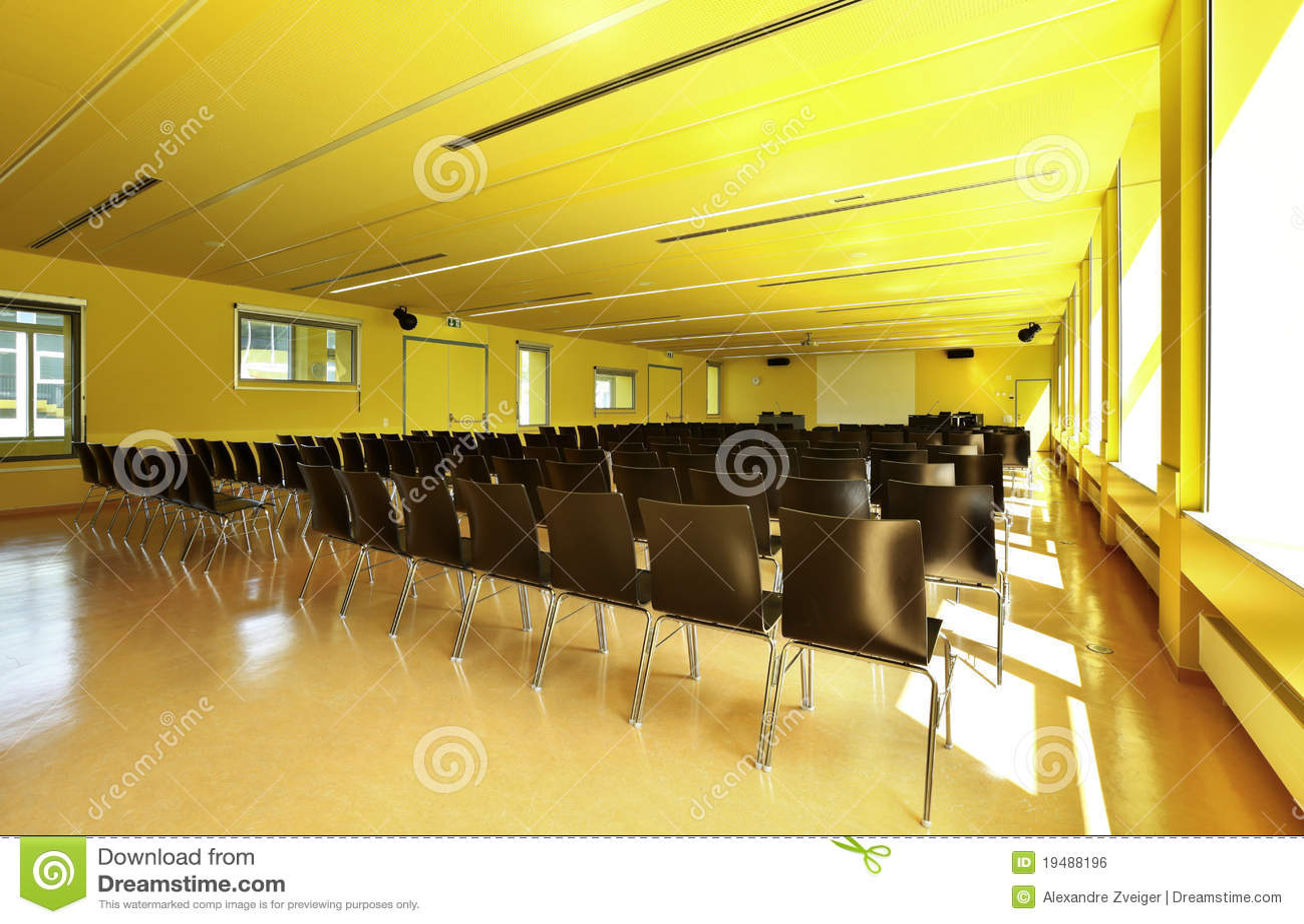 Cole d 39 etat int rieur de salle de classe image libre de for Ecole decoratrice d interieur