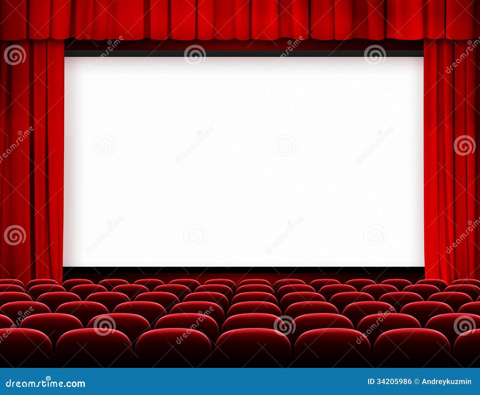 Écran de cinéma avec les rideaux et les sièges rouges