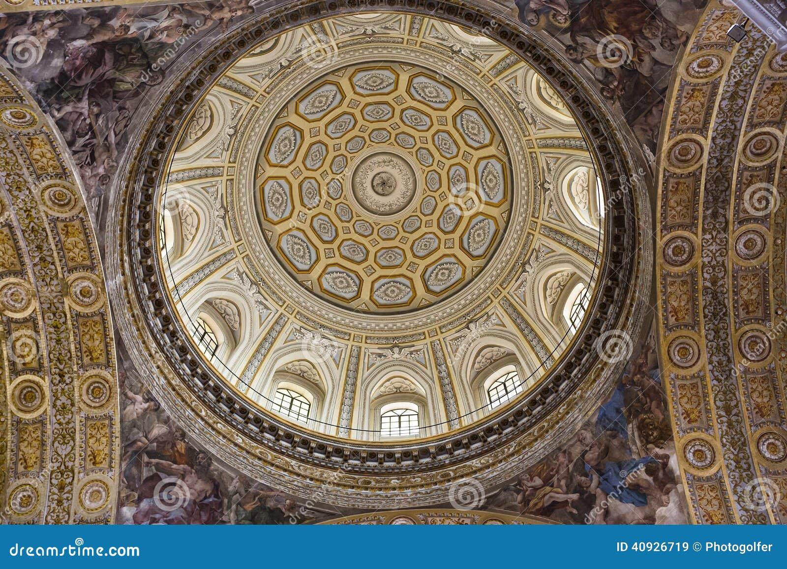Église de Barroco du Gesu Nuovo, Naples, Italie