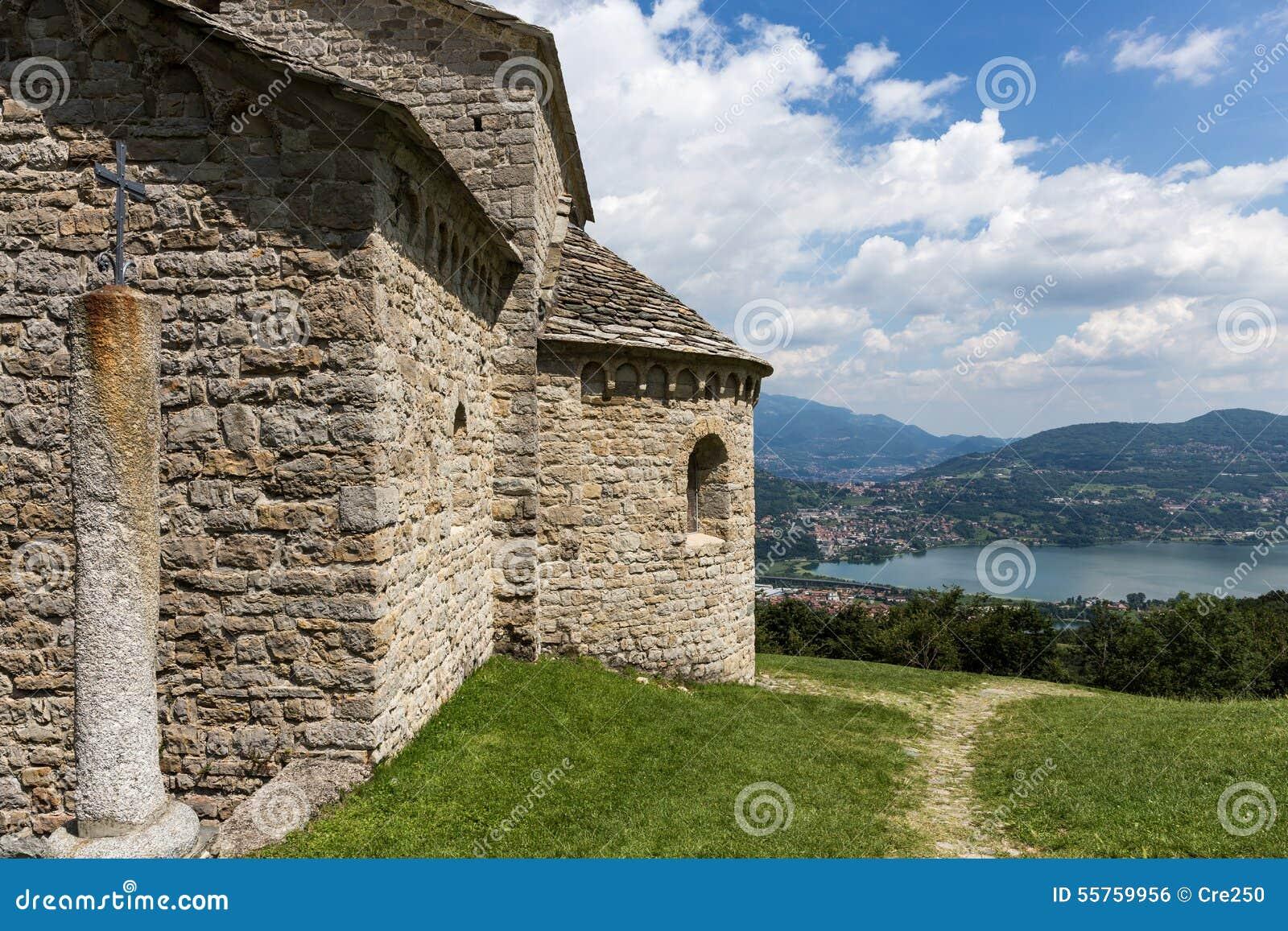Église de Saint Pierre dans Civate Lecco Italie