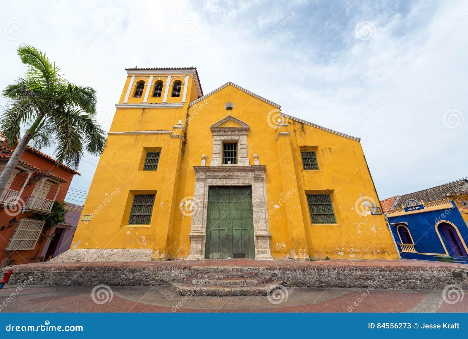 Église jaune à Carthagène