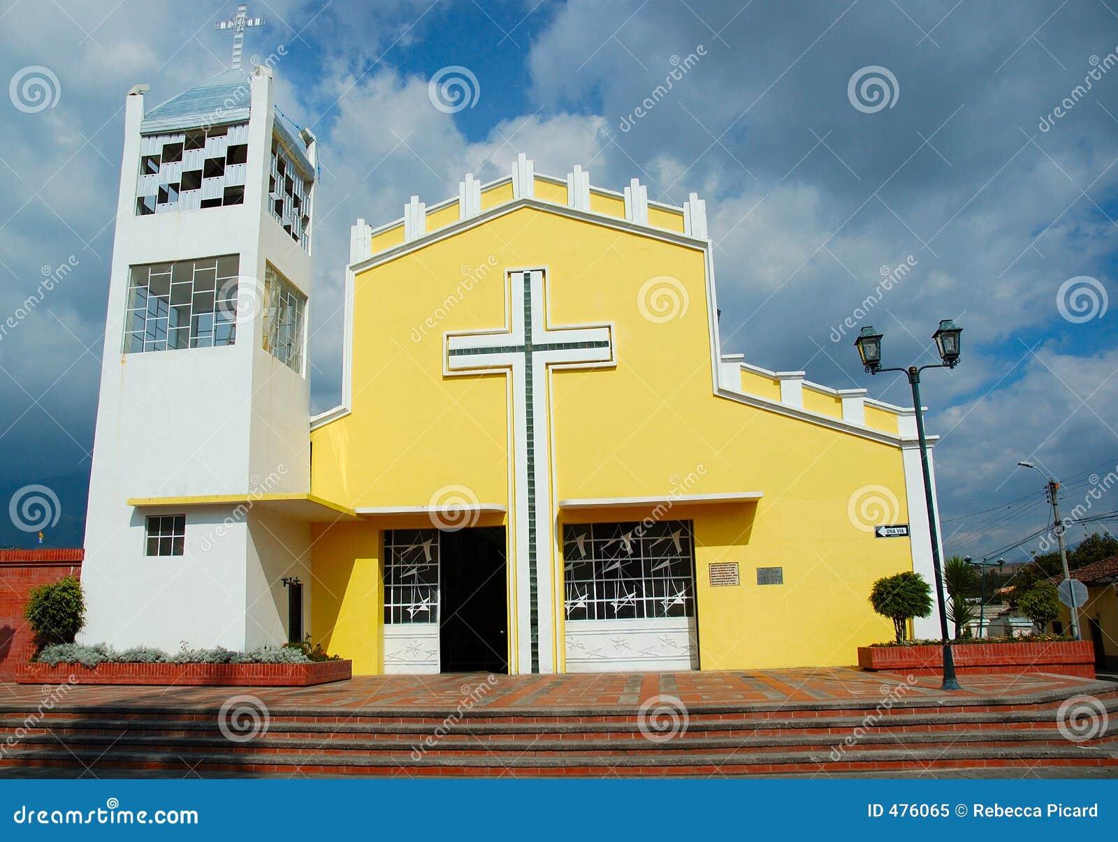 Église jaune