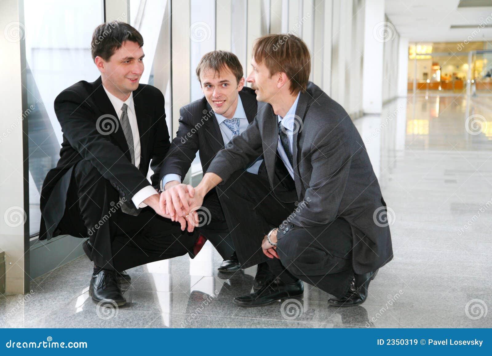 Énigme de Businessteam avec des mains