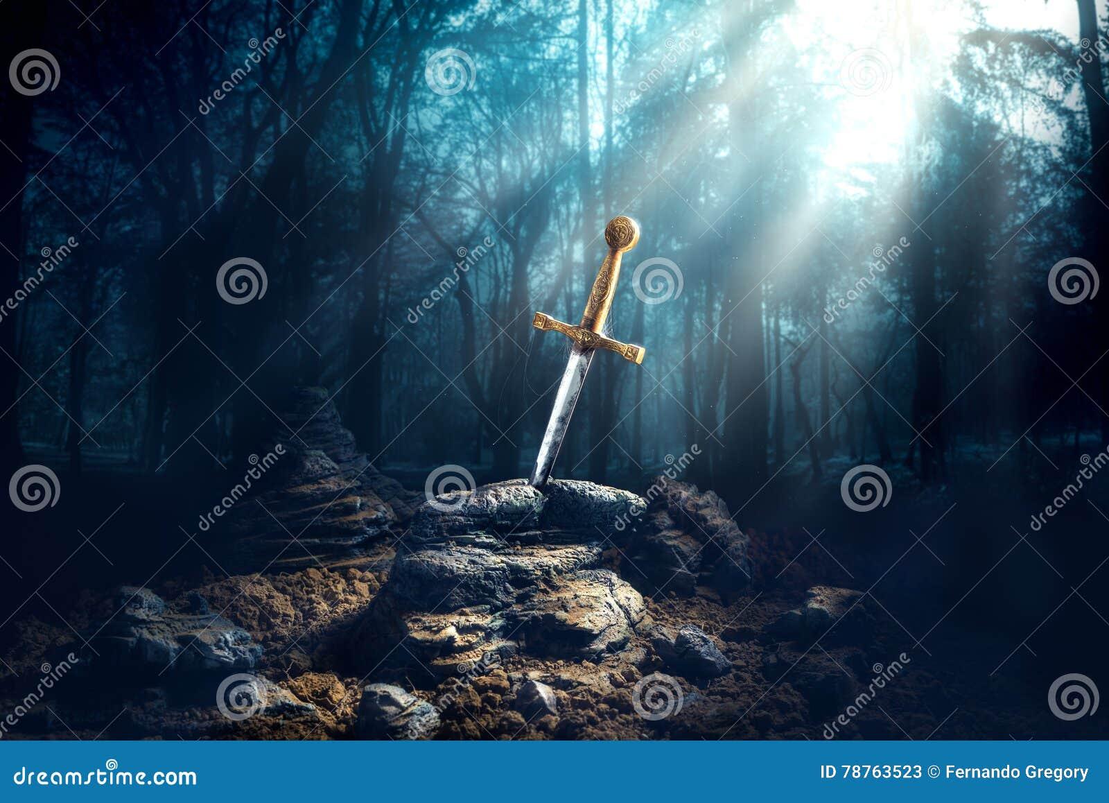 Épée dans l excalibur en pierre