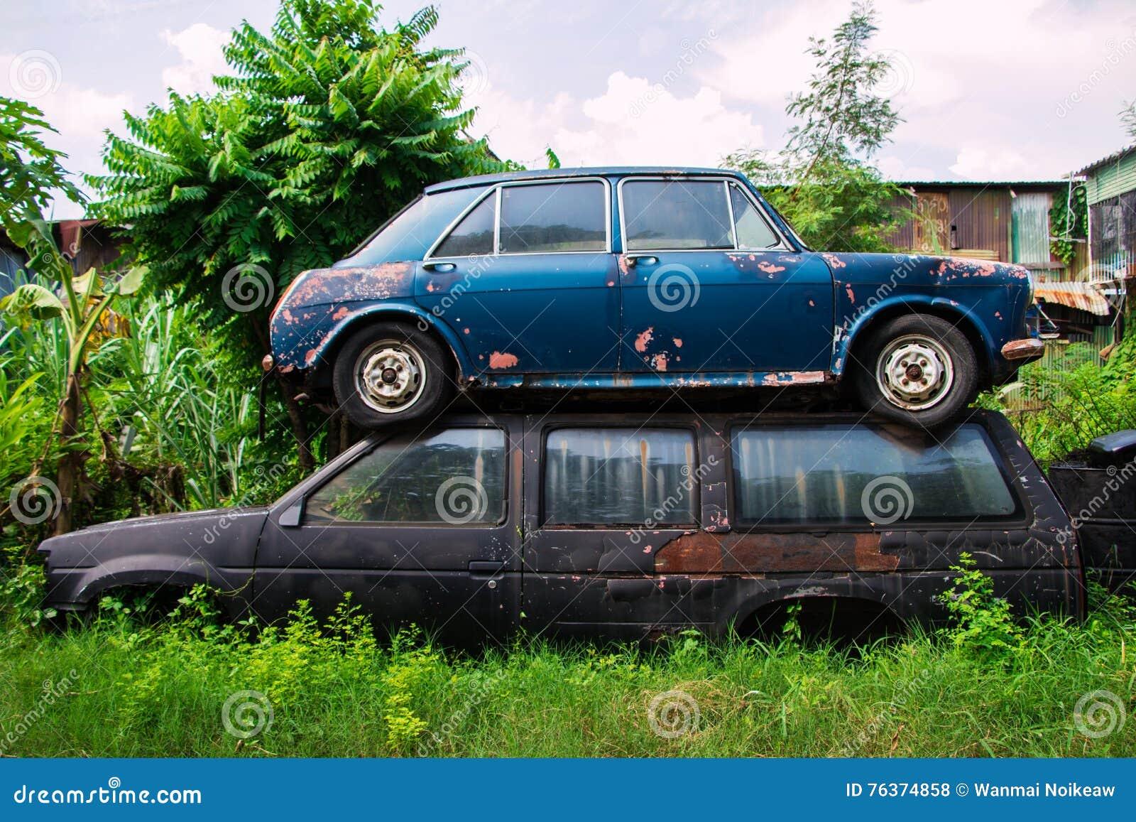 image de voiture ancienne voitures anciennes page 2 rallye en provence voiture ancienne. Black Bedroom Furniture Sets. Home Design Ideas
