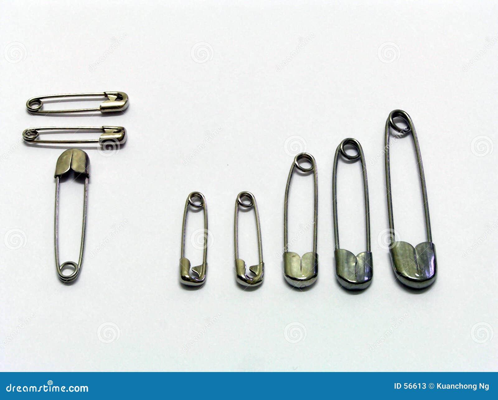 Download Épingles De Nourrice - Pleine Connexion De Bar Image stock - Image du abstrait, chrome: 56613