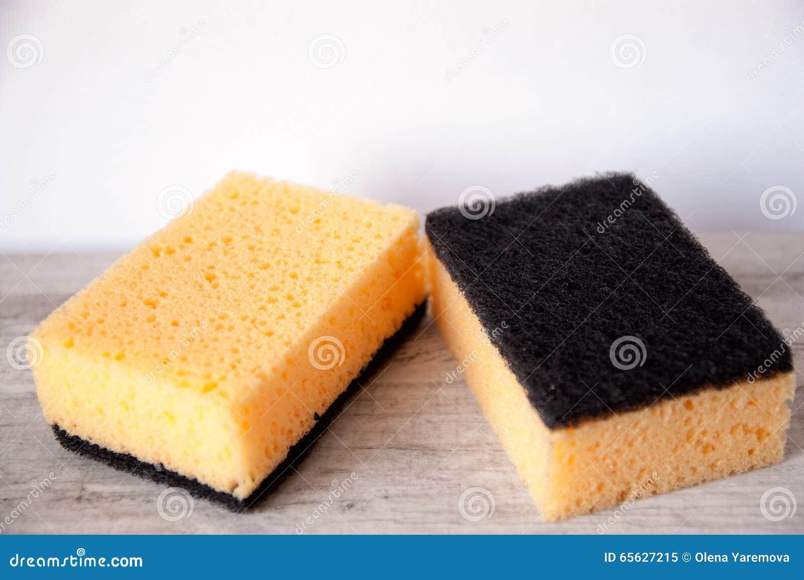 Éponges de cuisine pour les plats de lavage