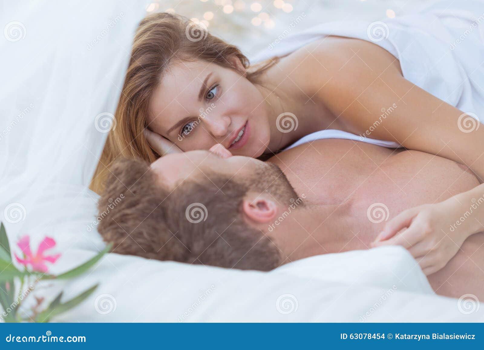 Download Épouse Et Mari Ayant Le Sexe Photo stock - Image du girlfriend, beauté: 63078454