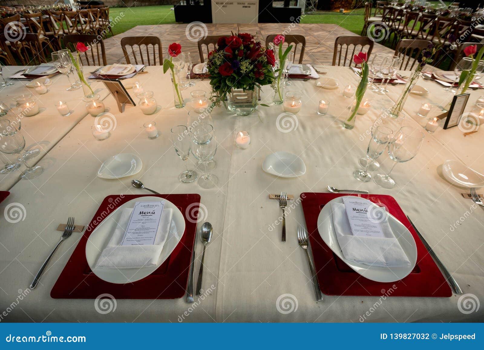 Deco De Table Bougie Épouser des idées de décoration de table avec les bougies et
