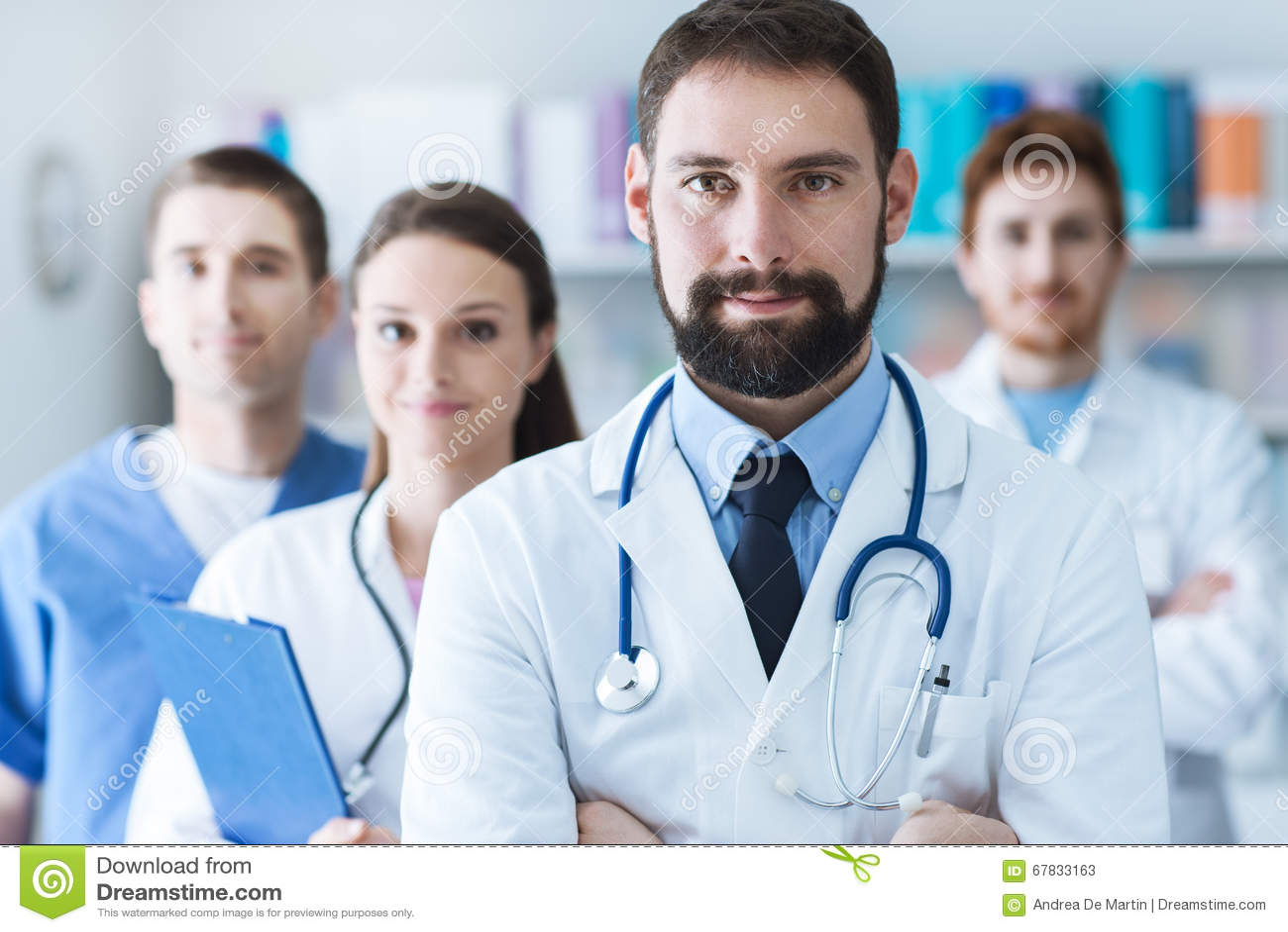 Équipe médicale à l hôpital