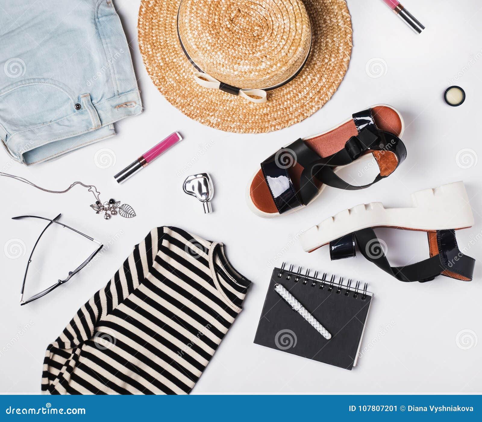 Équipement à la mode du ` s de femme d été