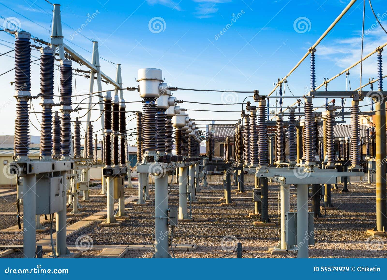 Équipement d une haute tension des réseaux électriques