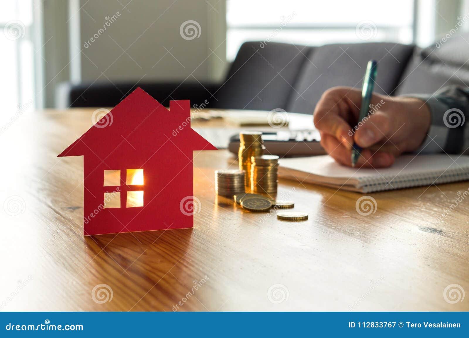 Équipez le prix de logements de compte, coût à la maison d assurance, valeur d une propriété
