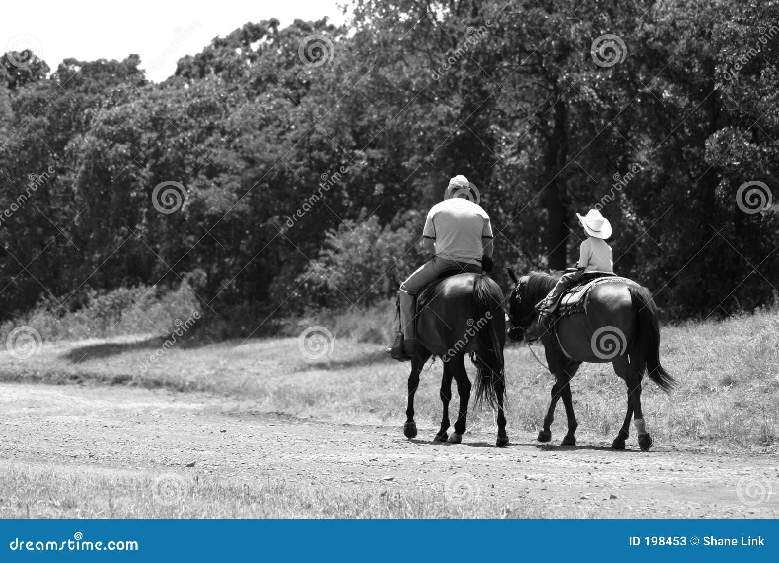 Équitation de père et de fils