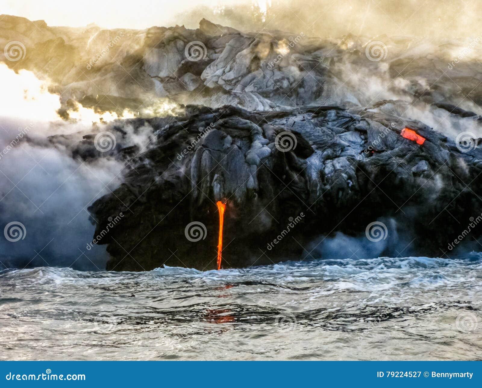 Éruption de lave d Hawaï