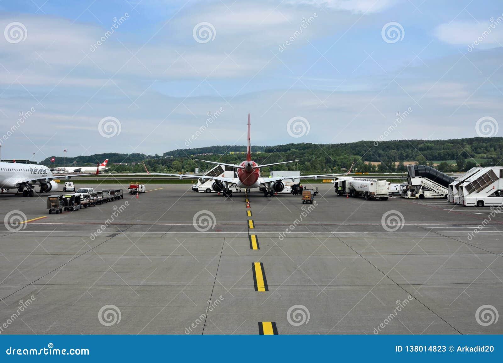 Éste es aeropuerto de Zurich Suiza