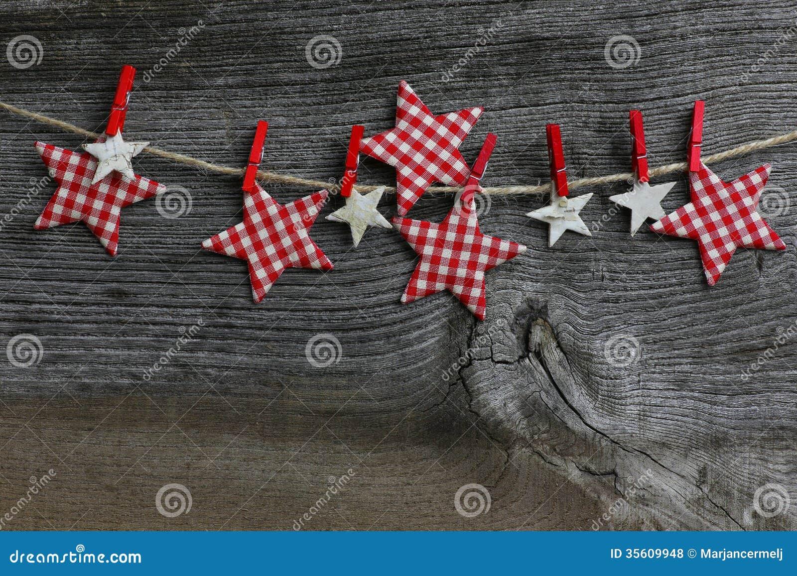 Toiles accrochantes de guingan et de bouleau de for Decoration de noel exterieur avec bouleau