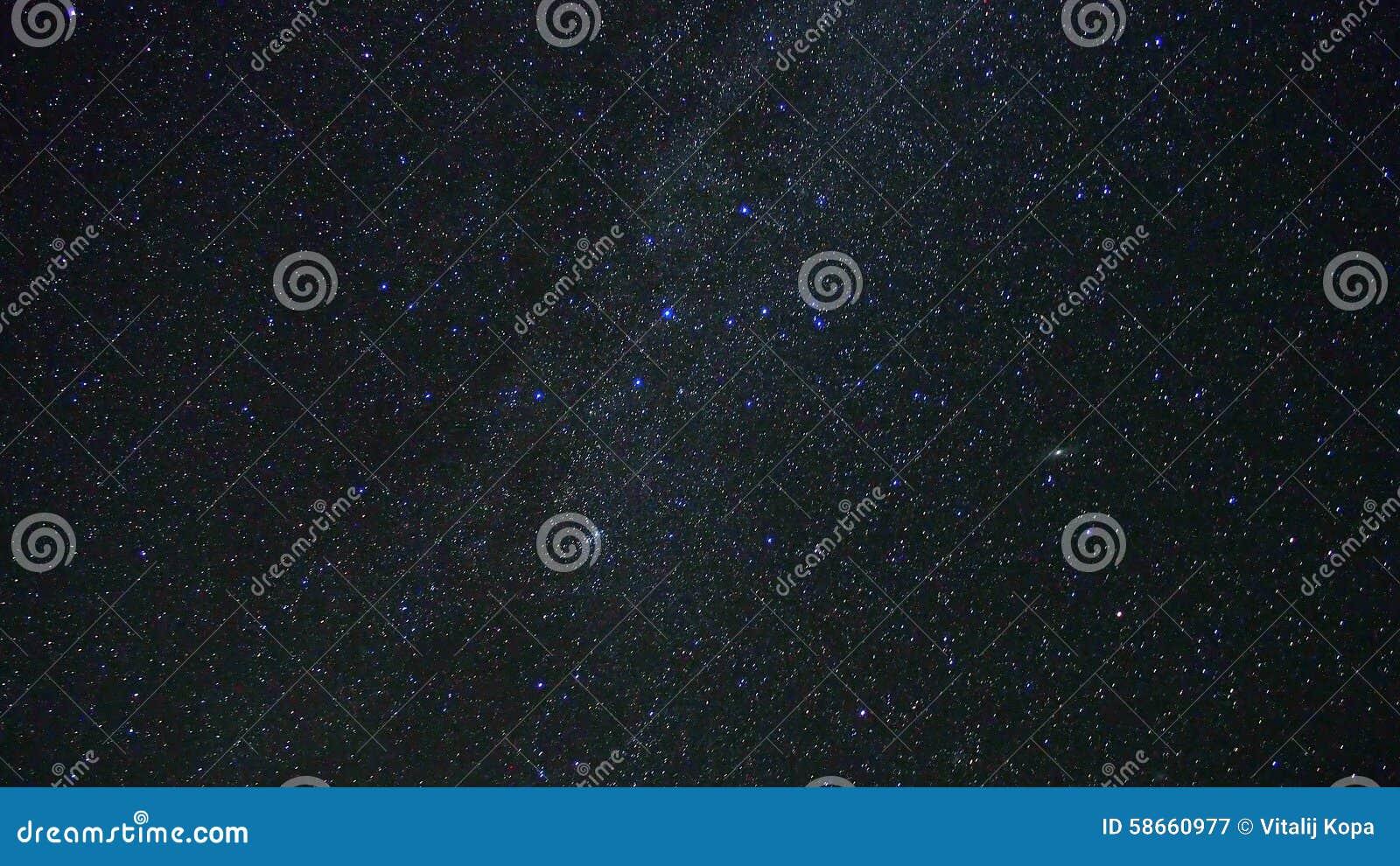 Étoiles de manière laiteuse et galaxie d Andomeda