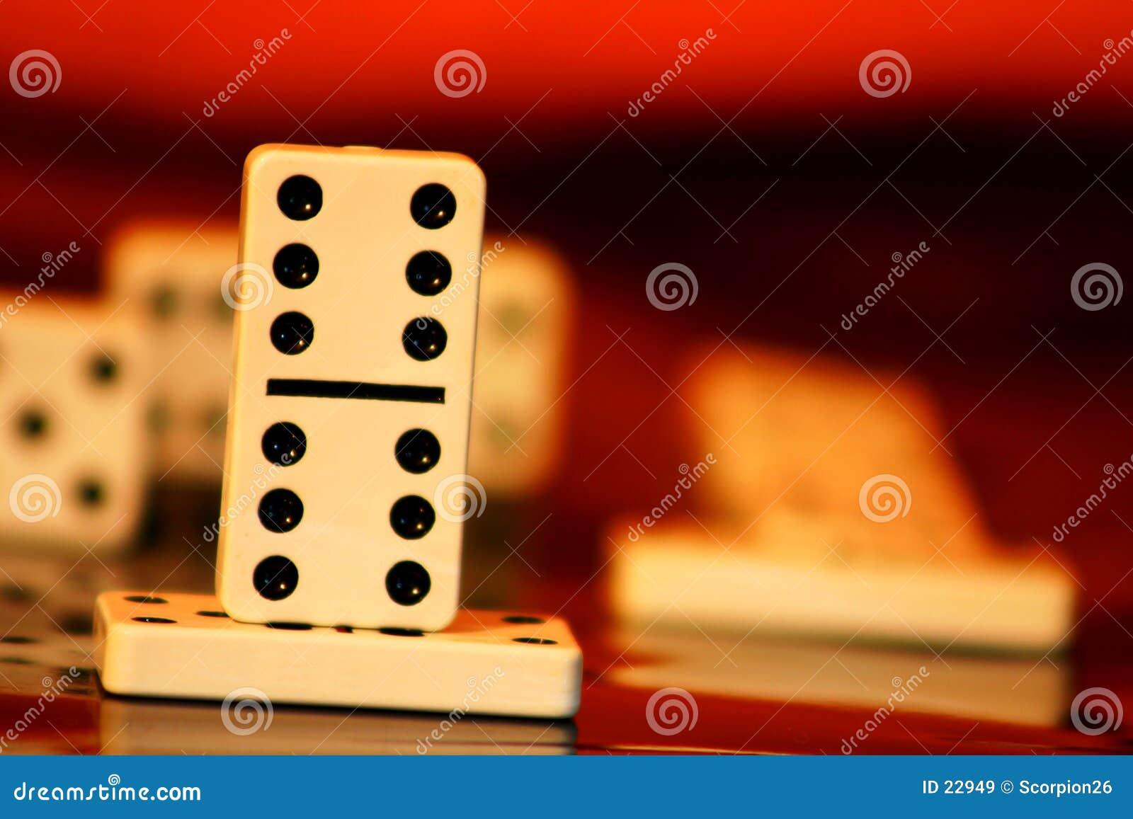 Éxito del dominó