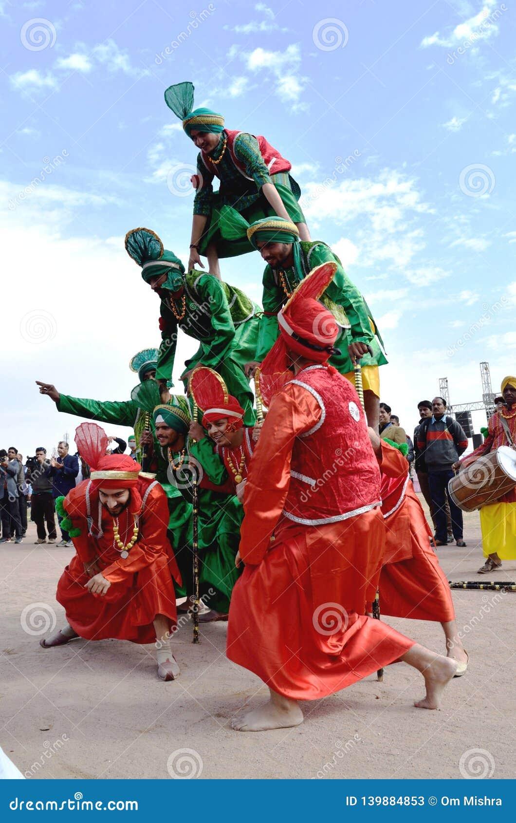 Ένας λαϊκός χορός Punjabi