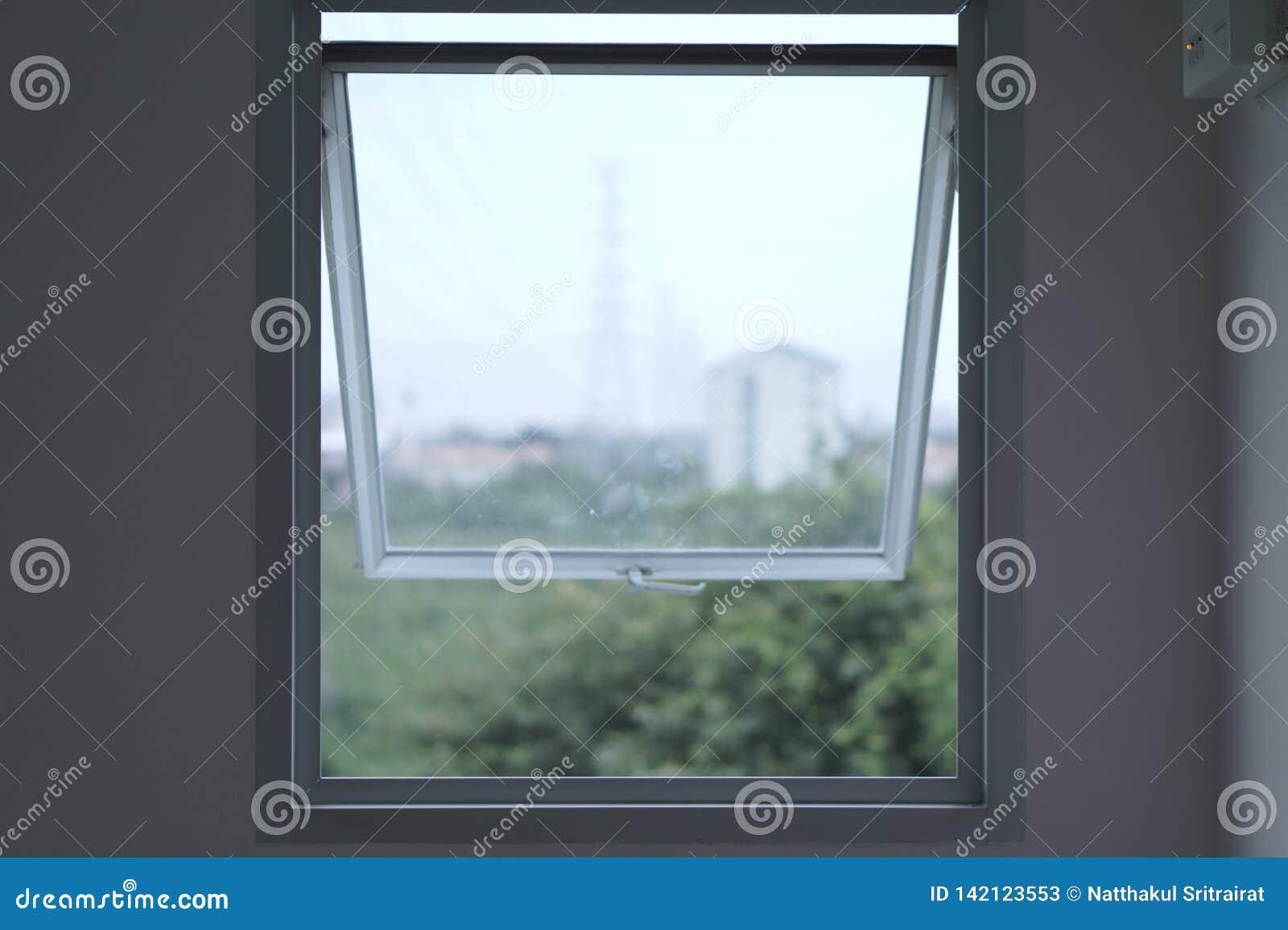Ένα παράθυρο είναι όχι μόνο το παράθυρο