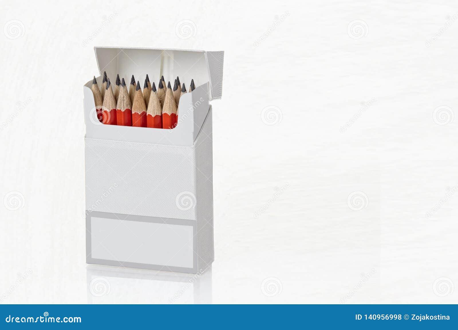 Ανοικτό κιβώτιο με τα ακονισμένα μολύβια