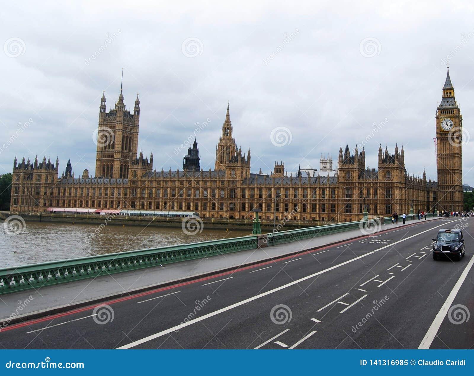 Γέφυρα του Γουέστμινστερ, σπίτια του Κοινοβουλίου και Λονδίνο Big Ben, UK