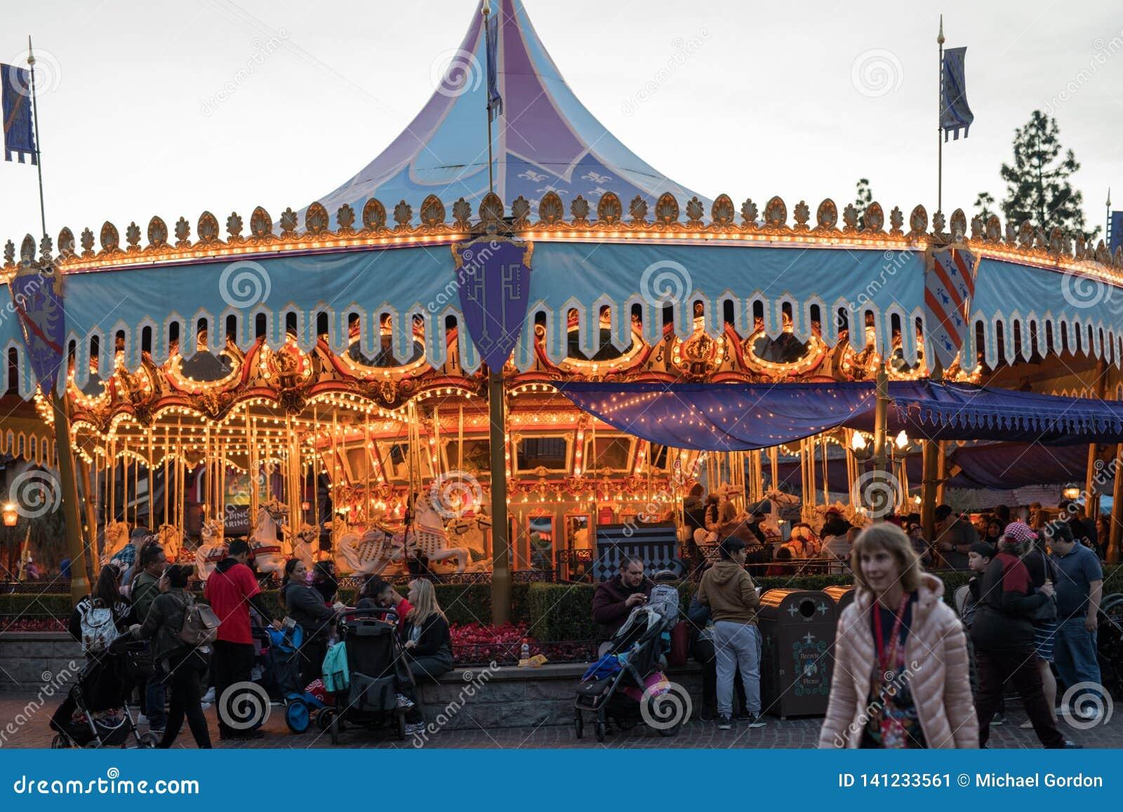 Θεματικό πάρκο θερέτρου Disneyland στο Αναχάιμ, Καλιφόρνια