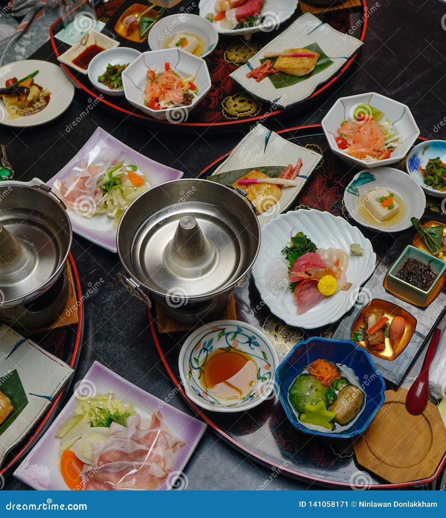 Ιαπωνικό παραδοσιακό καθορισμένο γεύμα για το γεύμα