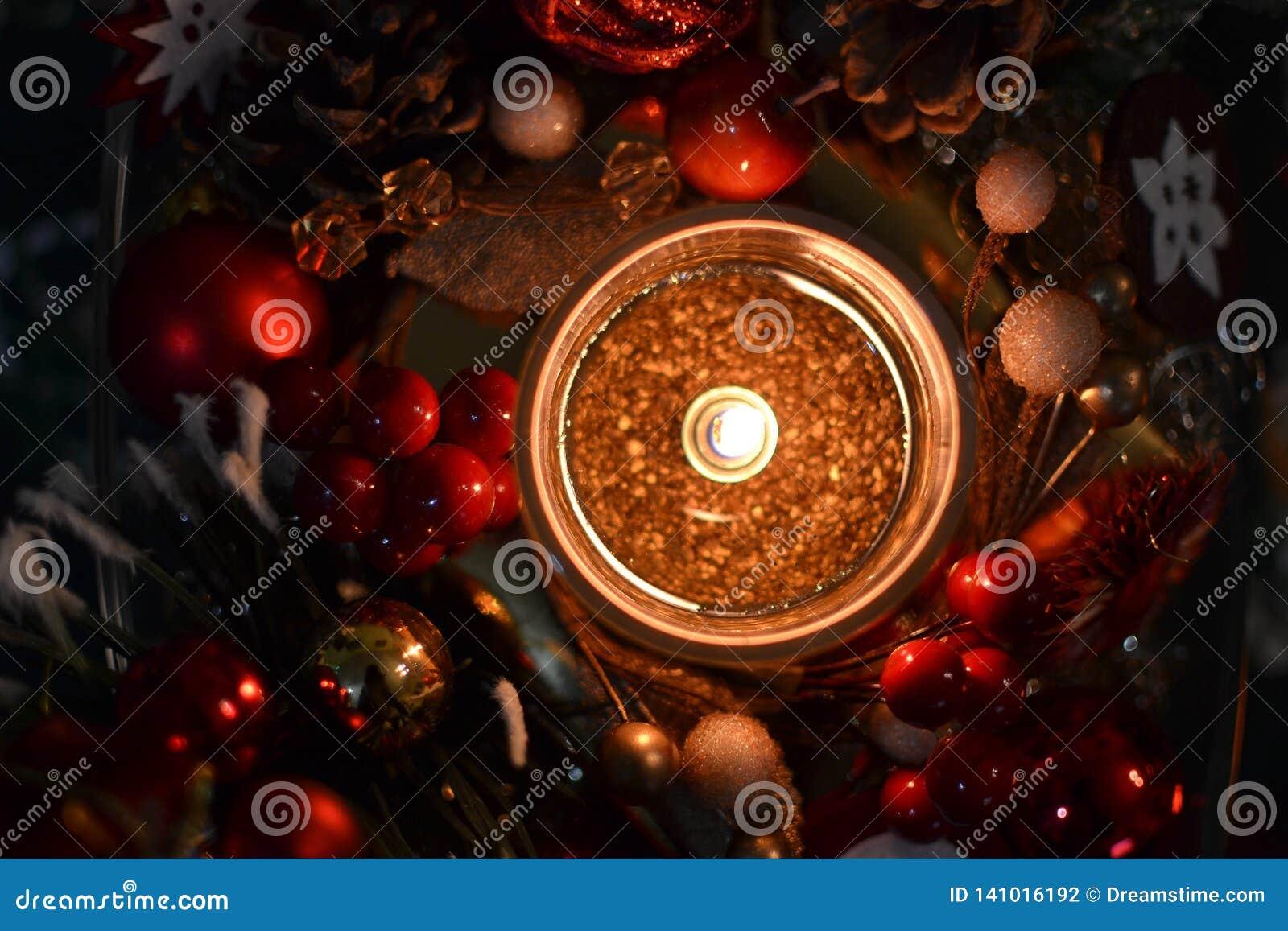 Κερί και διακοσμήσεις Χριστουγέννων