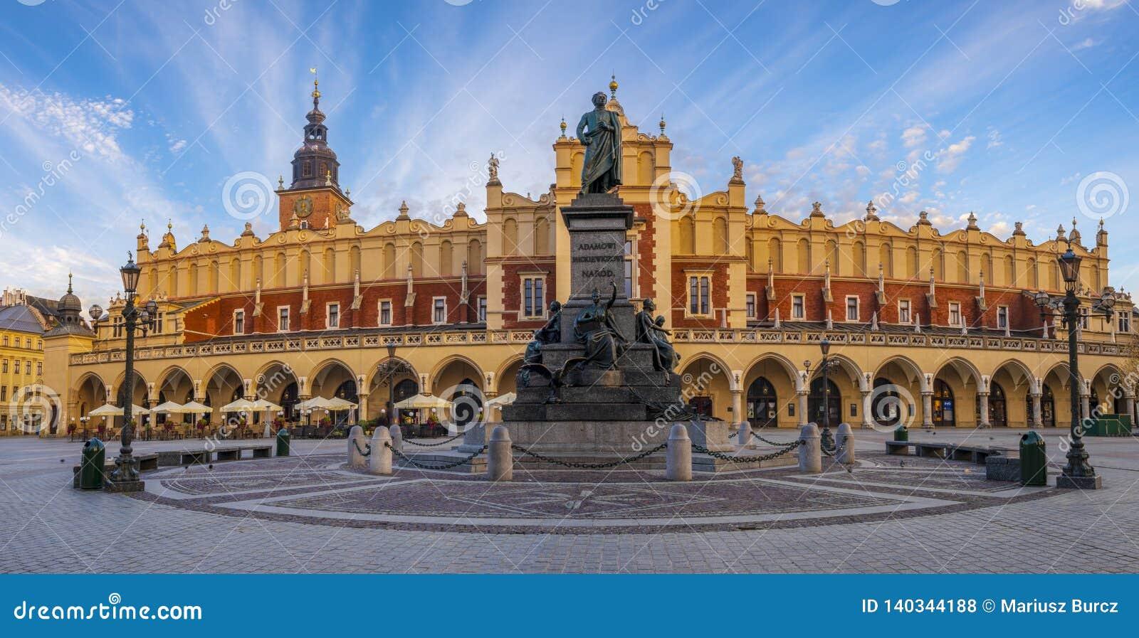 Κύριο τετράγωνο αγοράς στην Κρακοβία