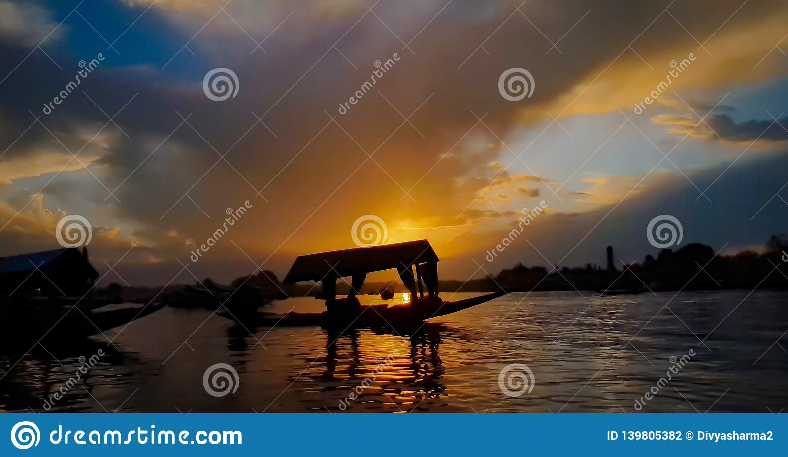 Μια θρυλική λίμνη DAL