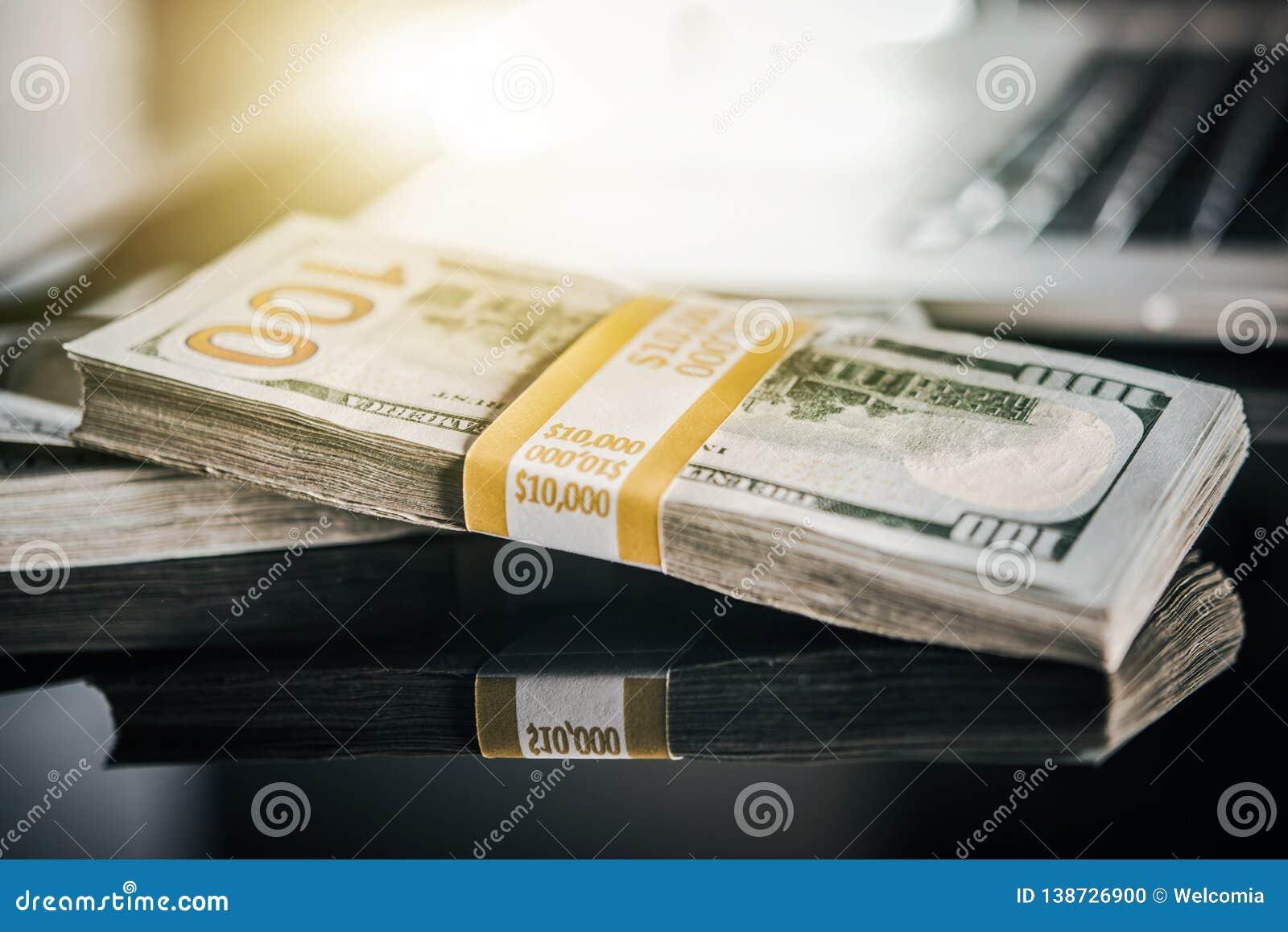 Μισθός χρημάτων μετρητών