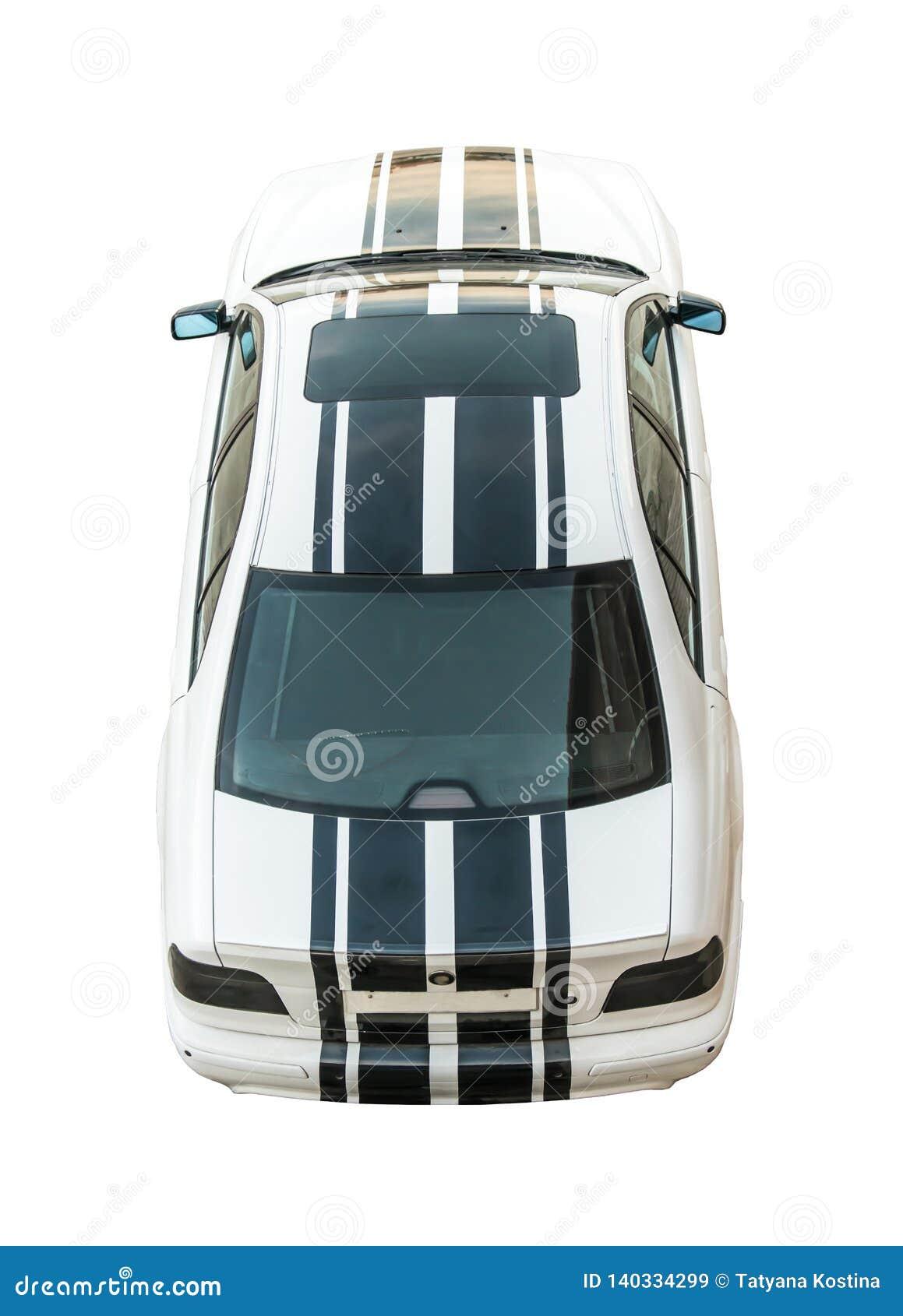 Μοντέρνο, σύγχρονο, φίλαθλο άσπρο αυτοκίνητο με τα μαύρα λωρίδες, που αποκόπτουν, που απομονώνονται στο άσπρο υπόβαθρο