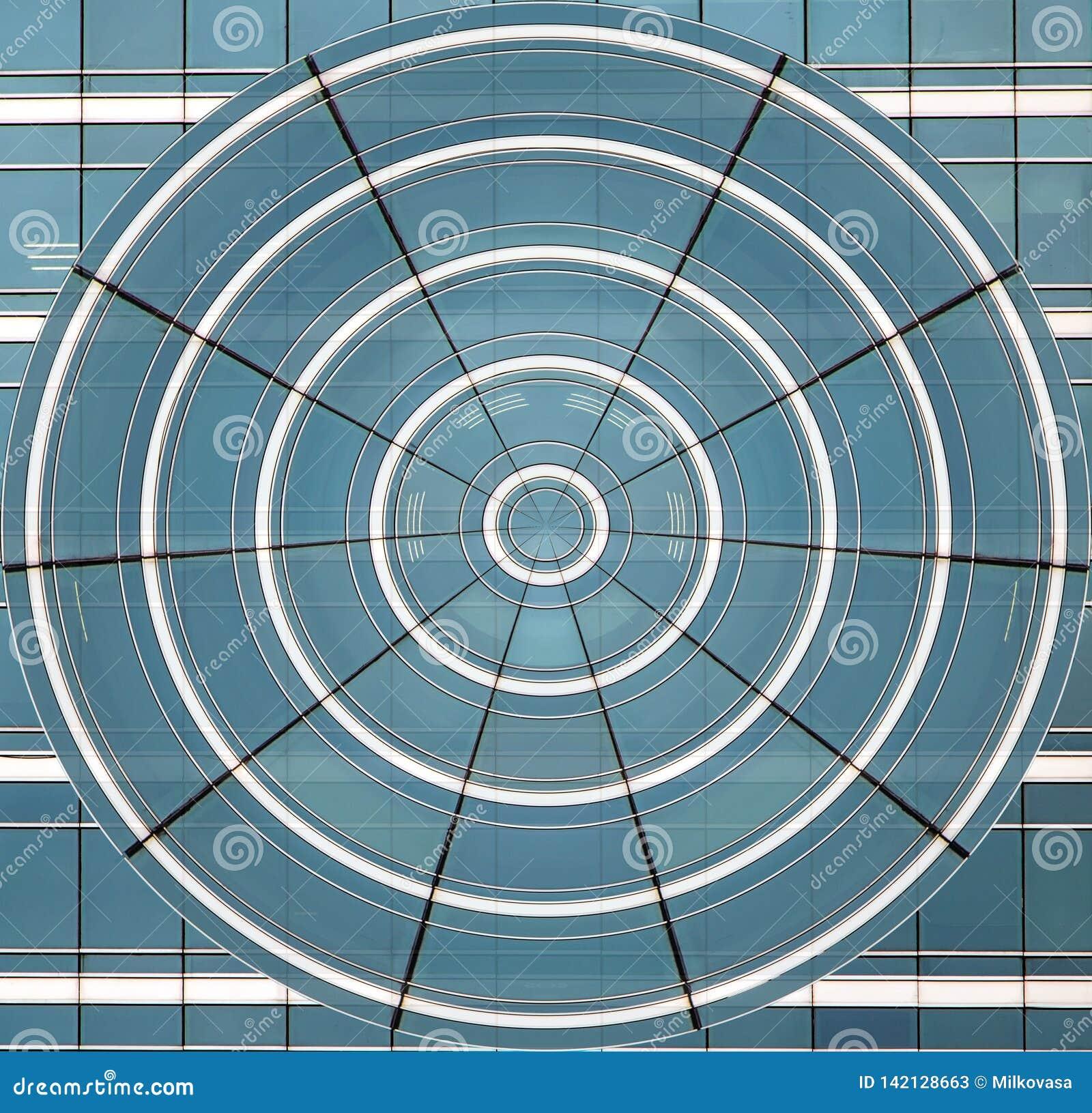 Ο μπλε κύκλος των παραμορφωμένων παραθύρων