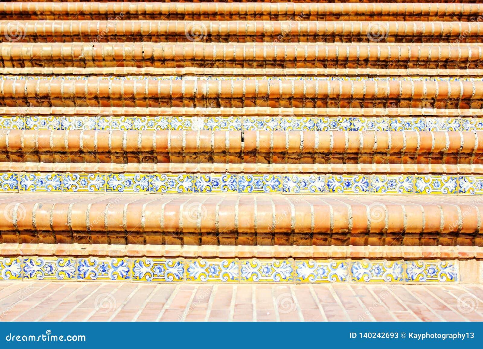 Διακοσμητική επικεράμωση στα σκαλοπάτια στη Σεβίλη, Plaza de España Ισπανία