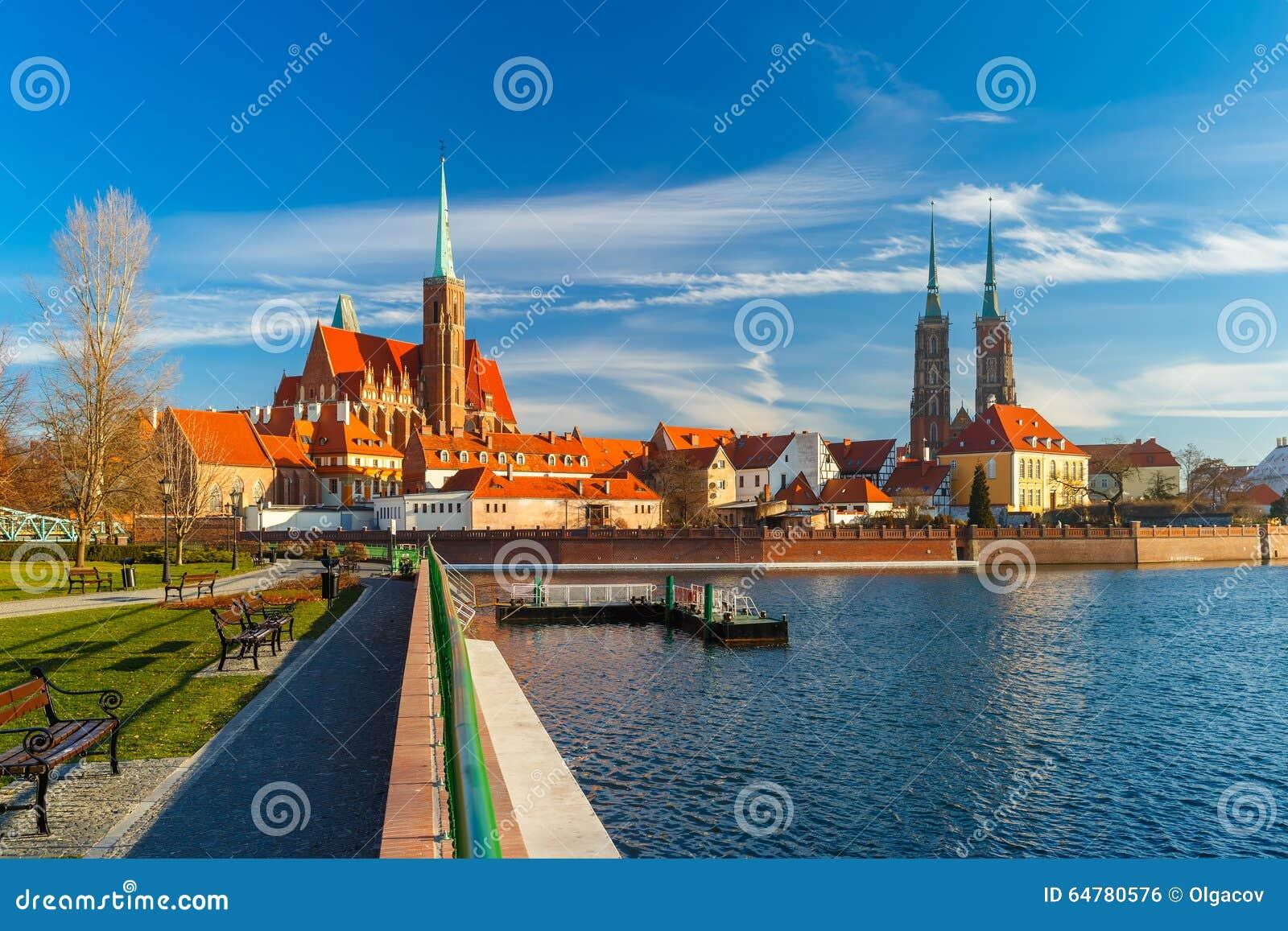 Île de cathédrale pendant le matin, Wroclaw, Pologne