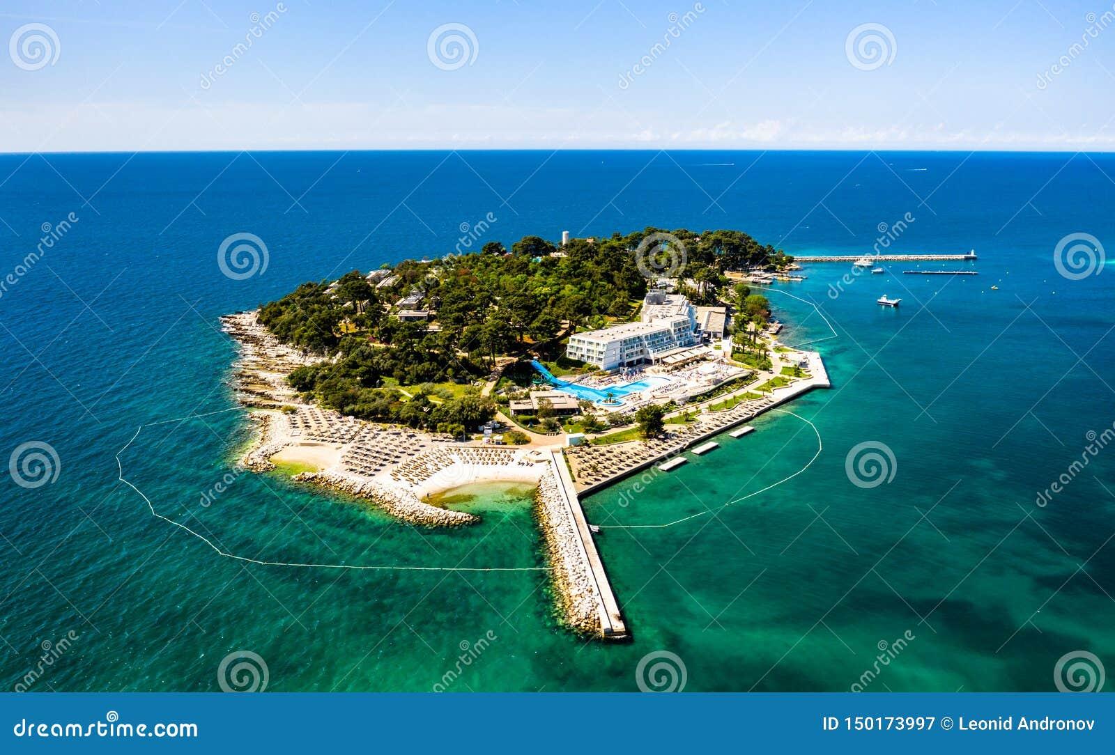 Île de Sveti Nikola près de Porec, Croatie