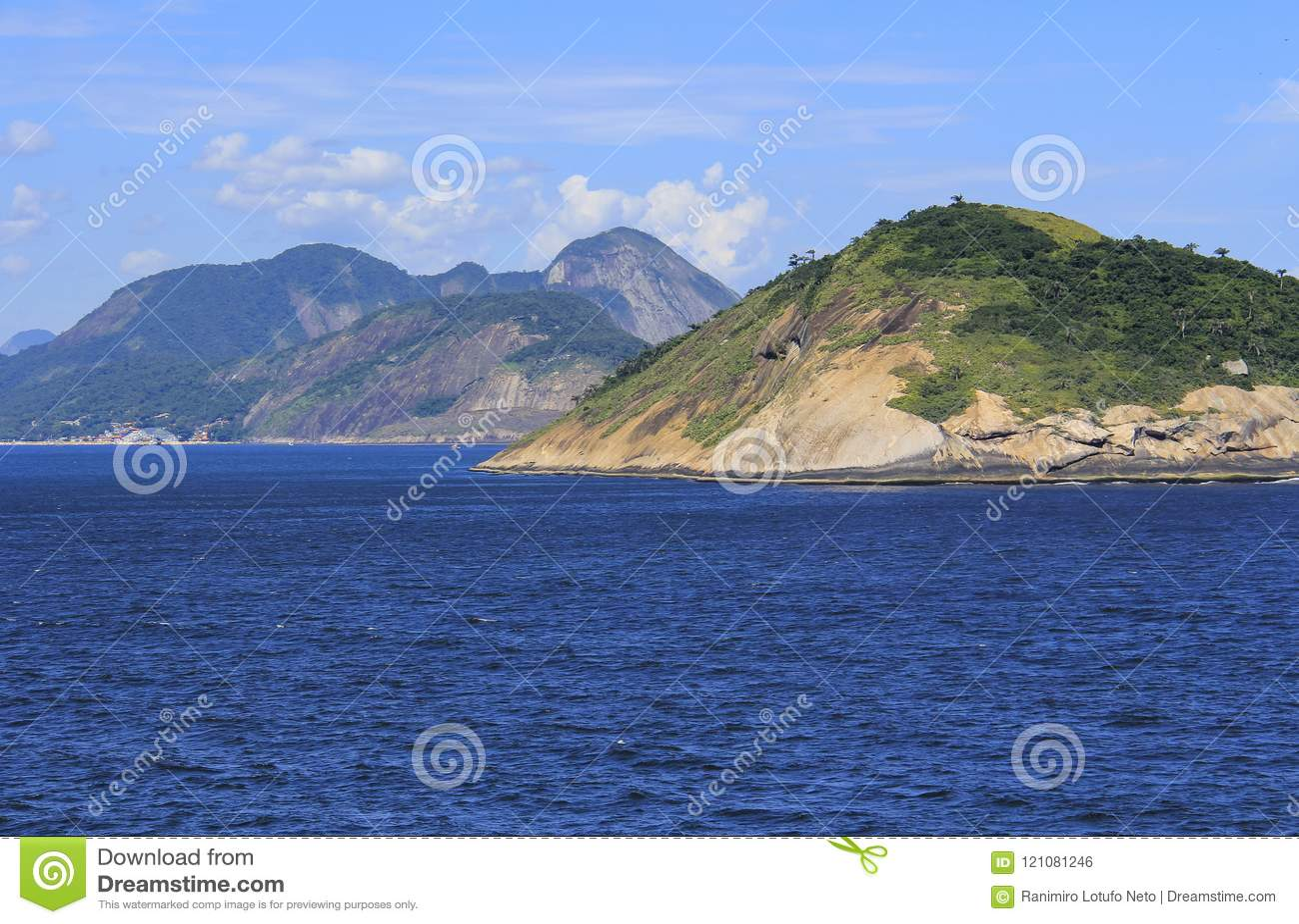 Îles autour du monde, île de Redonda en Rio de Janeiro, Brésil