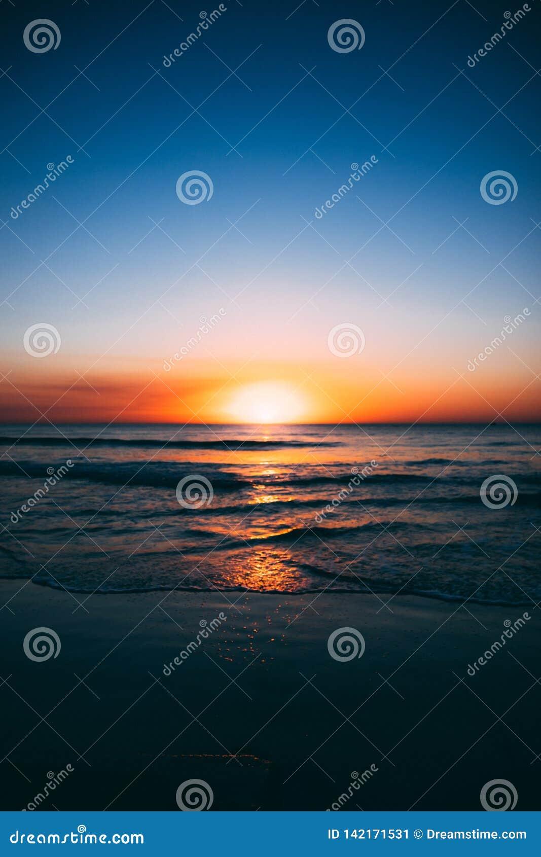 σκοτεινό ωκεάνιο ηλιοβ&al