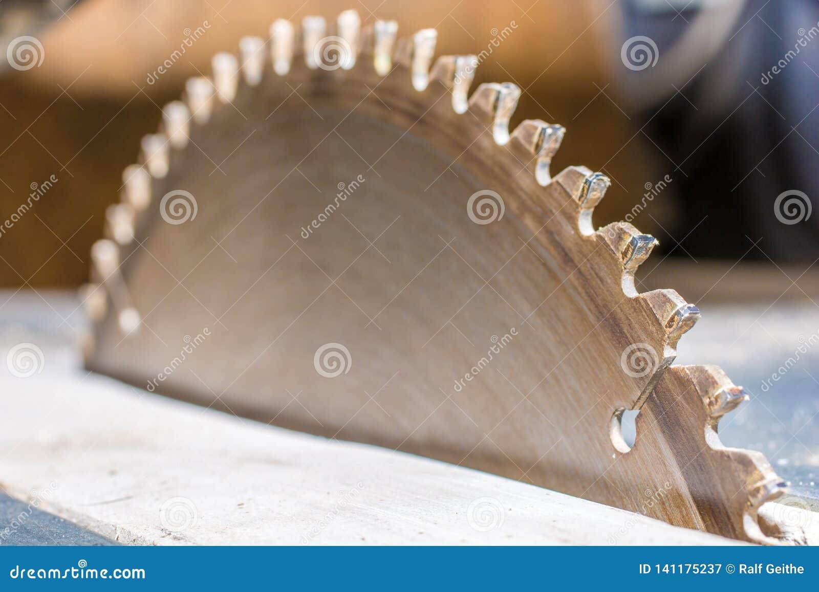 Φύλλο ενός κυκλικού πριονιού